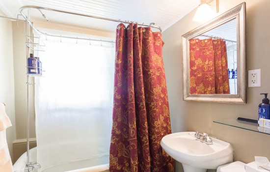 Venetian Bathroom